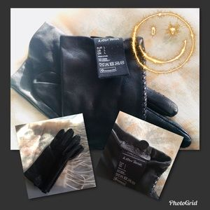 Accessories - Women's Black Leather Gloves